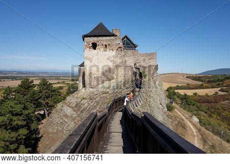 Boldogko, Hungary - September 30, 2018: The Tower And Fortification Of Boldogkovaralja Castle In Hun