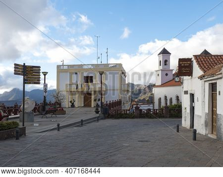 Tejeda, Gran Canaria, Canary Islands, Spain December 15, 2020: Main Street In Tejeda With Church Nue