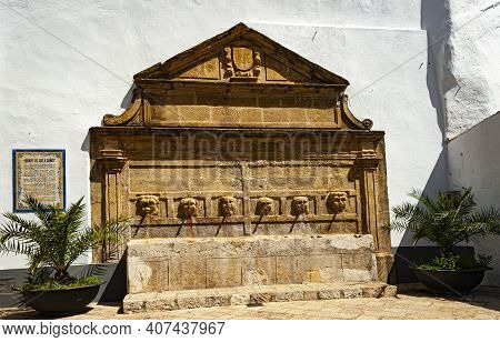 Town Of Gaucin, Spain - May 25, 2017: Fountain Of The Six Pipes  Built In 1628 In The Style Of Andal