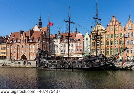 Gdansk, Poland - September 9, 2020: Passenger Harbor On The Motława River - A Replica Of A Galleon A