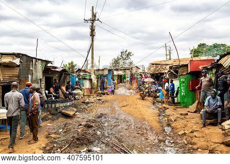 Nairobi, Kenya - August, 2019: Kibera Slum In Nairobi In Summer. Kibera Is The Biggest Slum In Afric