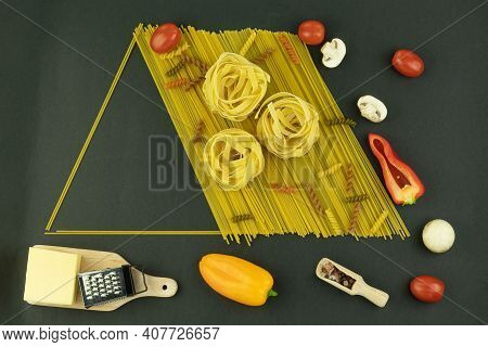 Spaghetti And Tomatoes With Paprika On A Wooden Background With Space For Text. Spaghetti Pasta, Veg