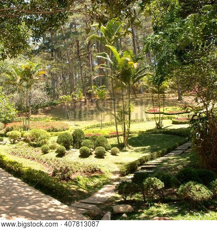 The City Of Dalat Is A Beautiful Park In Pren