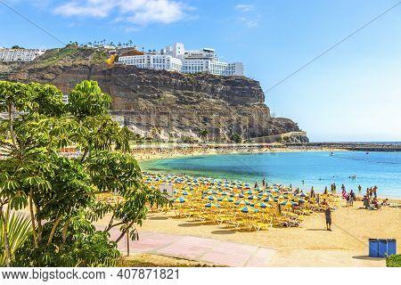 Picturesque Amadores Beach (spanish: Playa Del Amadores) Near Famous Holiday Resort Puerto Rico De G