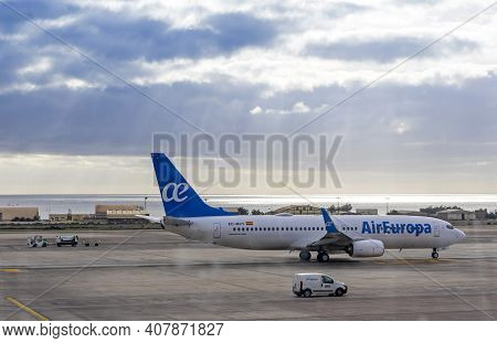 Las Palmas De Gran Canaria, Spain - December 13, 2018: Boeing Aircraft 737-85p (reg.number Ec-mvy),