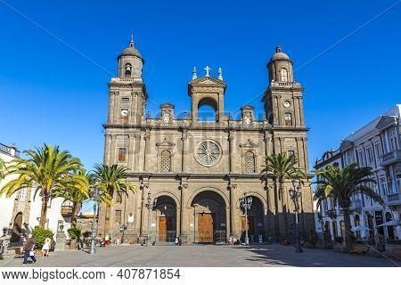 Las Palmas De Gran Canaria, Spain - December 10, 2018: Cathedral Of Santa Ana (cathedral Of Las Palm