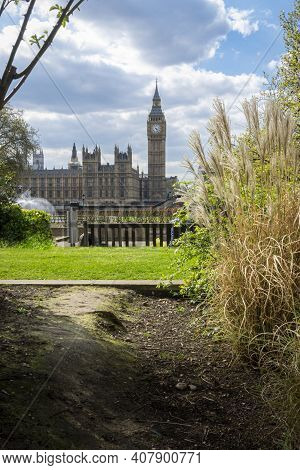 View Of Big Ben From The Grounds Of St Thomas' Hospital, London, Uk