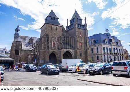 Saint-brieuc, France - August 24, 2019: Cathedrale Saint-etienne On The Place Du General De Gaulle I