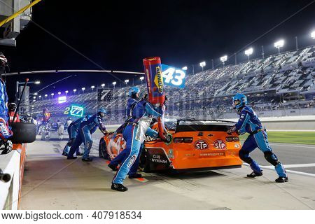 February 11, 2021 - Daytona Beach, Florida, USA: EriK Jones (43) pits during the Bluegreen Vacations Duel 1 at DAYTONA at Daytona International Speedway in Daytona Beach, Florida.