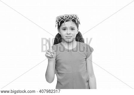 Born To Win. Selfish Egoist Child. Feel Herself Queen. Kid Imagine She Is Big Boss. Reason To Be Pro
