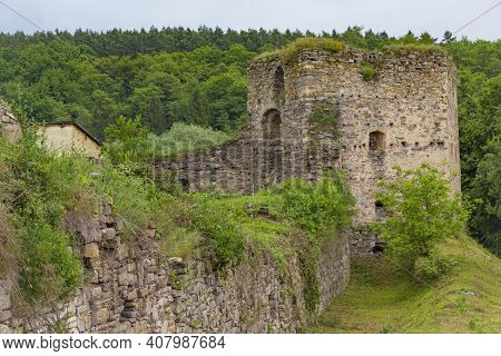 Scenic Ruins Of Medieval Zoloty Potik Castle Outdoor At Summer Day. Destroyed Defense Stone Wall And