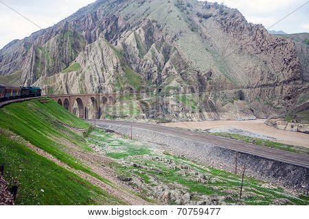 Zardkouh mountains