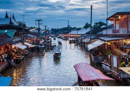 Ampahwa floating market