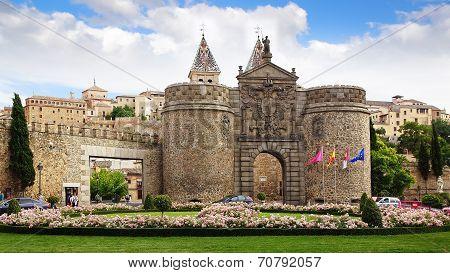 Alfonso Vi Gate, Toledo.