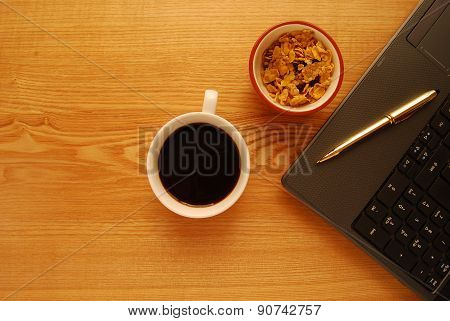 Breakfast at the Desk