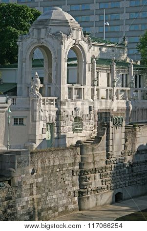 Vienna, Austria - April 22, 2010: Architectural Composition On The Bank Of The River Wien In Stadtpa