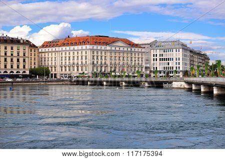 GENEVA, SWITZERLAND - SEPTEMBER 3, 2015: View of the waterfront of Leman lake in Geneva on September 3 2015. Geneva is the second largest city of Switzerland.