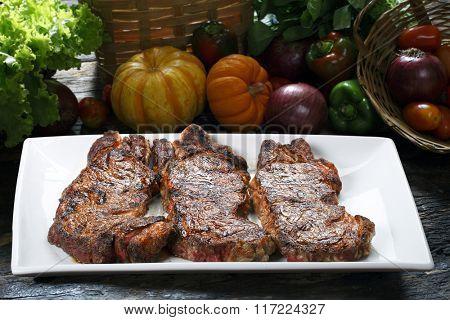 Steak chorizo, parrilla Argentina