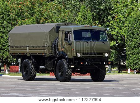 MOSCOW - JULY 14:   New military all terrain truck for the transportation of personnel   -  on July  14, 2014 in Moscow