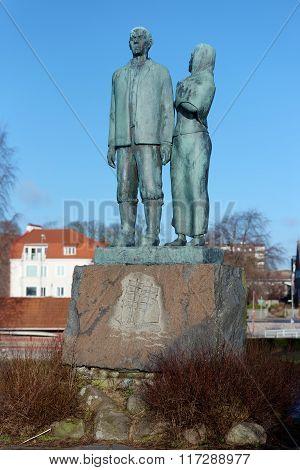 The Emigrant Monument