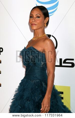 LOS ANGELES - FEB 5:  Jada Pinkett-Smith at the 47TH NAACP Image Awards Arrivals at the Pasadena Civic Auditorium on February 5, 2016 in Pasadena, CA