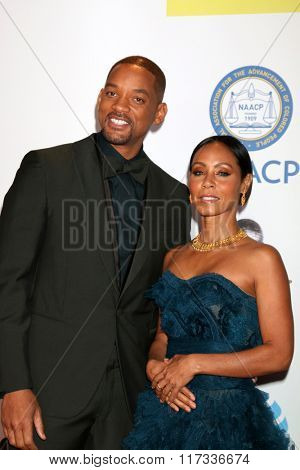 LOS ANGELES - FEB 5:  Will Smith, Jada Pinkett-Smith at the 47TH NAACP Image Awards Arrivals at the Pasadena Civic Auditorium on February 5, 2016 in Pasadena, CA