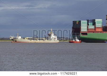 Steinkirchen (germany) - Container Vesel Lying On Ground Of The Elbe
