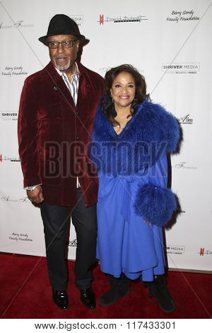 LOS ANGELES - FEB 4:  James Pickens, Jr., Debbie Allen at the Debbie Allen's Freeze Frame U.S. Premiere at the Wallis Annenberg Center for the Performing Arts on February 4, 2016 in Beverly Hills, CA