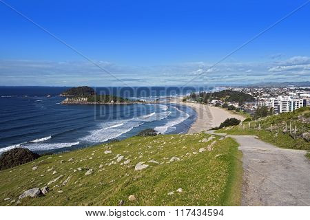 Mount Maunganui beach from the summit walking track.