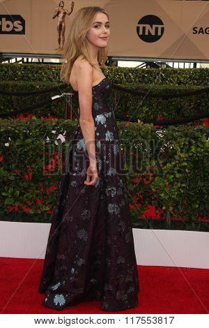LOS ANGELES - JAN 30:  Kiernan Shipka at the 22nd Screen Actors Guild Awards at the Shrine Auditorium on January 30, 2016 in Los Angeles, CA