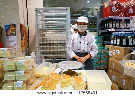 SHENZHEN, CHINA - FEBRUARY 05, 2016: staff at blt market in ShenZhen. blt an acronym of