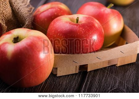 Tasty Apples In Box