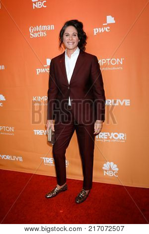 LOS ANGELES - DEC 3:  Dana Goldberg at the 2017 TrevorLIVE Los Angeles at Beverly Hilton Hotel on December 3, 2017 in Beverly Hills, CA