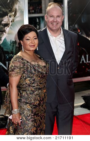 NEW YORK, NY - JULY 11: Director David Yates (R) and Yvonne Walcott attend the   premiere of 'Harry Potter And The Deathly Hallows: Part 2' at Avery Fisher Hall on July 11, 2011 in New York City.