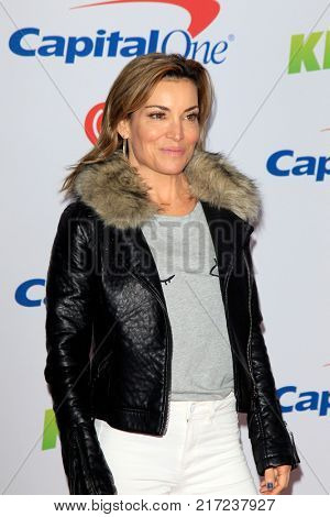 LOS ANGELES - DEC 2:  Kit Hoover at the Jingle Ball 2017 at the Forum on December 2, 2017 in Inglewood, CA