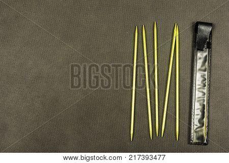 Double-pointed knitting needles - Designed for making socks.