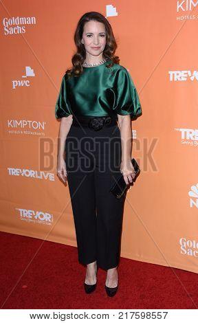 LOS ANGELES - DEC 03:  Kristin Davis arrives to the TrevorLive Los Angeles Gala on December 3, 2017 in Beverly Hills, CA