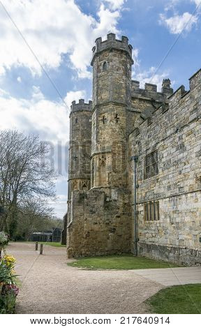 BATTLE ABBEY, BATTLE, EAST SUSSEX, UK, 13TH APRIL 2017 - Battle Abbey Gatehouse Battle Sussex England UK