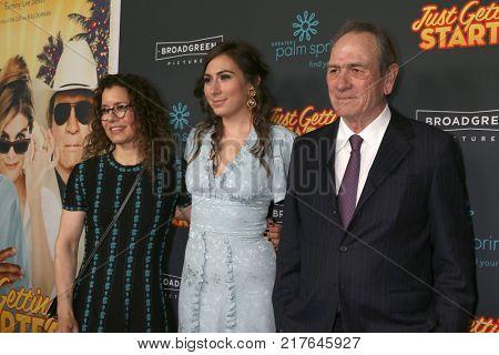 LOS ANGELES - DEC 7:  Dawn Laurel-Jones, Victoria Jones, Tommy Lee Jones at the
