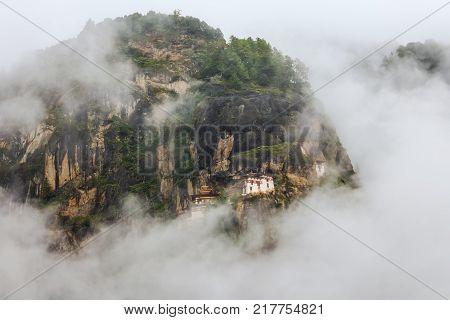 Taktshang Monastery (tiger's Nest), Paro Valley, Paro District, Bhutan