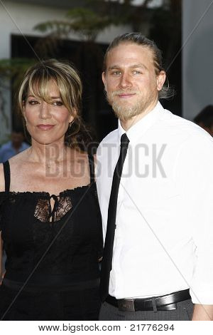 LOS ANGELES - AUG 30: Katey Sagal and Charlie Hunnam at the Season Three premiere screening of 'Sons of Anarchy' at the Cinerama Dome in Los Angeles, California on August 30, 2010