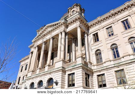 Onondaga Supreme and County Courts House in downtown Syracuse, New York State, USA.