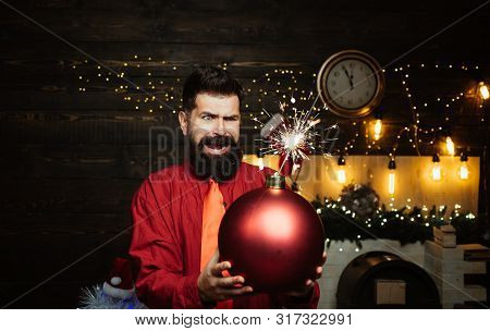 Funny Santa Wishes Merry Christmas And Happy New Year. Funny Santa Claus. Happy Santa Claus. Creativ