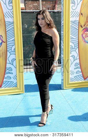 LOS ANGELES - AUG 11:  Lauren Jauregui at the Teen Choice Awards 2019 at Hermosa Beach on August 11, 2019 in Hermosa Beach, CA