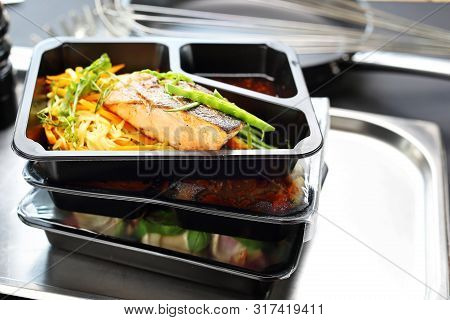 Meal Prep. Appetizing Lunch Boxes. A Balanced Healthy Diet