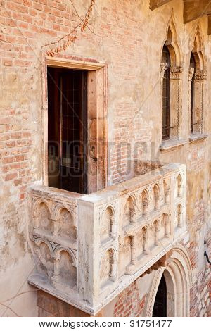 Famous tourist attraction Juliet's purported balcony in  Verona, Italy