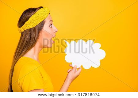 Profile Side Photo Of Astonished Lady Holding Paper Card Cloud Sharing Novelty Isolated Over Yellow