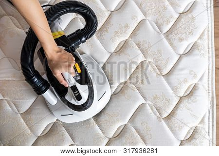 Mite Vacuum Cleaner Cleaning Bed Mattress Dust Eliminator
