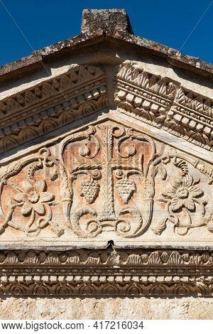 Temple of Clitumnus early medieval church, UNESCO World Heritage Site, Pissignano near Campello sul Clitunnoi, Umbria, Italy