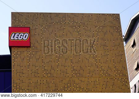 Bordeaux , Aquitaine France - 04 12 2021 : Lego Brand Logo And Sign On Flagship Store Imagination Ce